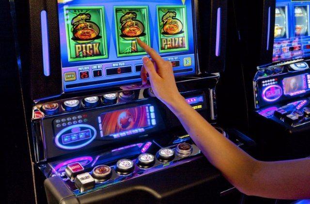 Играть в казино Чемпион
