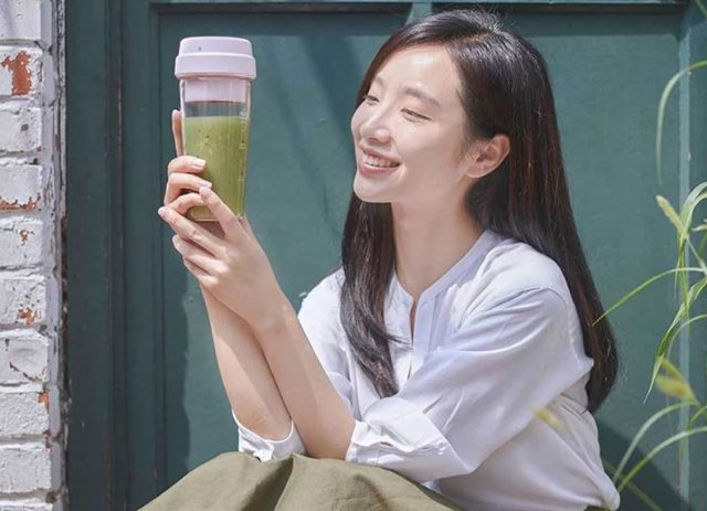 Xiaomi 17PIN Star Fruit Cup: переносная соковыжималка-блендер с беспроводной зарядкой и ценой $38