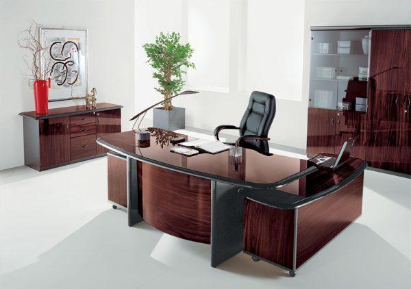 Большой выбор мебели для руководителя